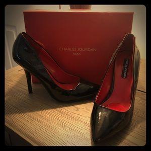 Never worn black patent heels